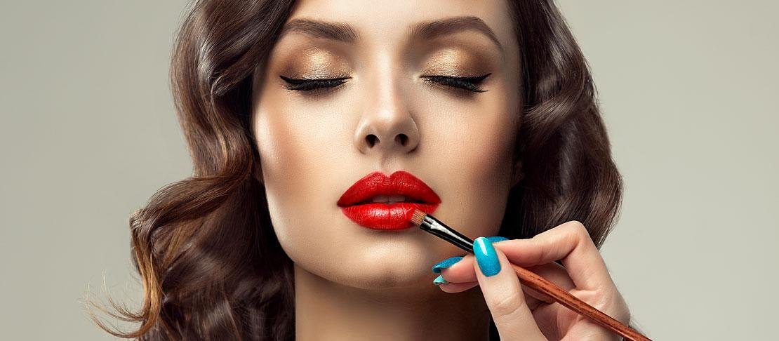 Come ingrandire le labbra con il trucco