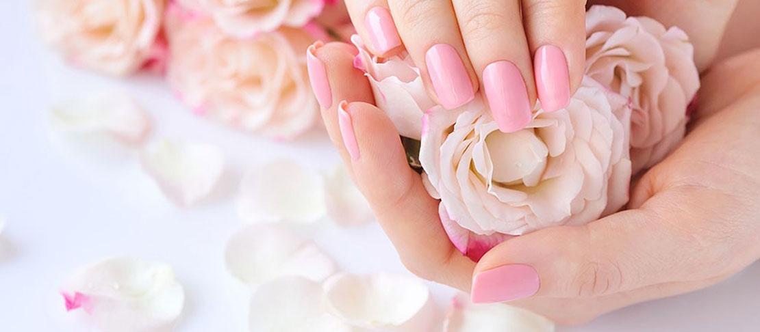 Routine per la cura delle unghie