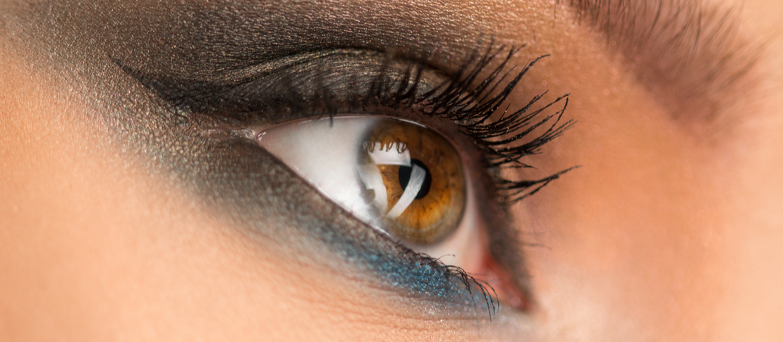 Ciglia folte e lunghe: mascara o rimedi naturali?